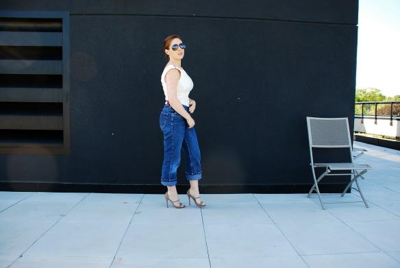 Vintage boyfriend jeans style blogger 7