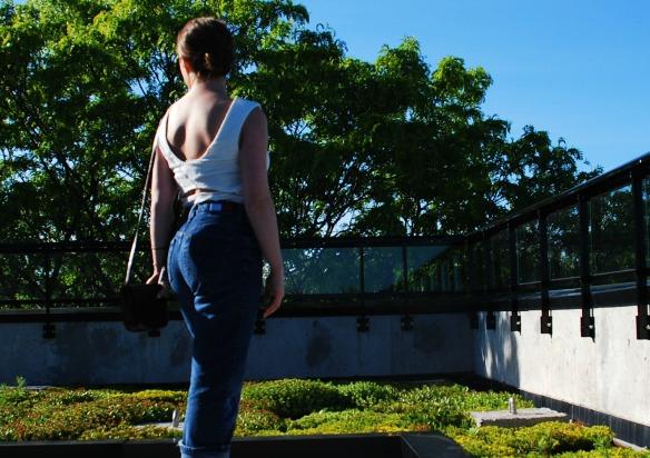 Vintage boyfriend jeans style blogger 9