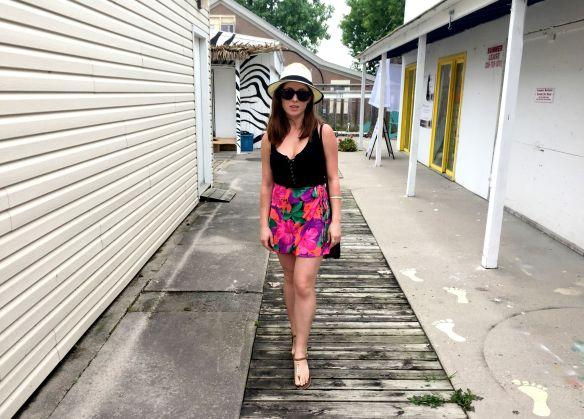 toronto style blogger summer style beach look 1