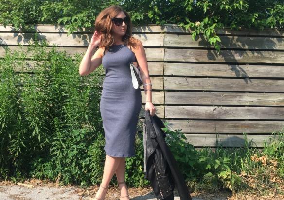 toronto style blogger summer style grey dress 3