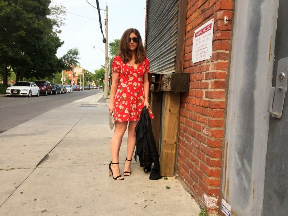 toronto style blogger summer style red sundress 1