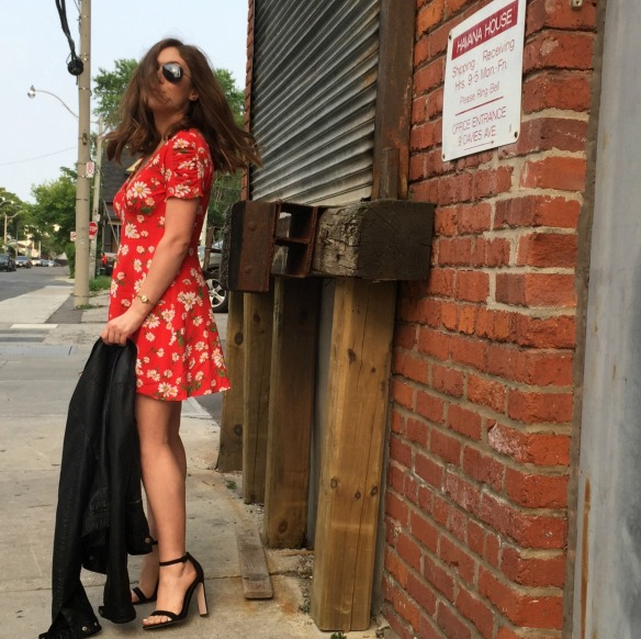 toronto style blogger summer style red sundress 11
