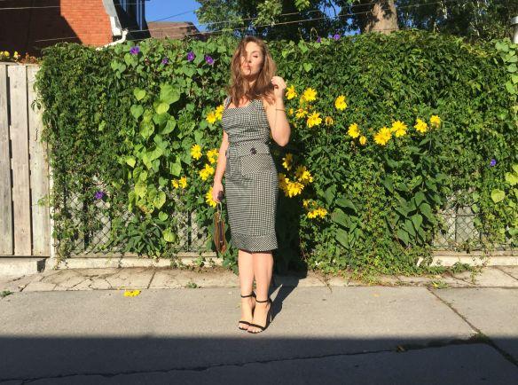 toronto style blogger gingham dress summer style 6