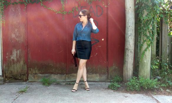toronto style blogger vintage ck jeans denim chambray shirt 13