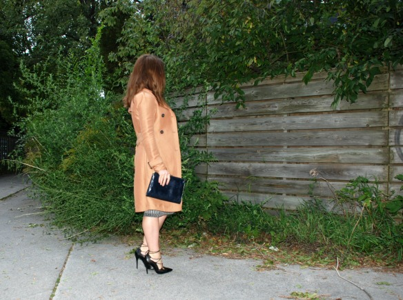 sweater dress toronto style blogger 3